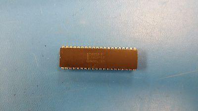 1 Pc D8203-1 Intel Dram Controller Ceramic Dip 40pin