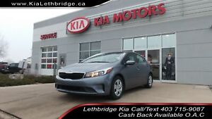 2018 Kia Forte - CLEAN CARFAX - ONE OWNER  - UNDER 28,000 KM...