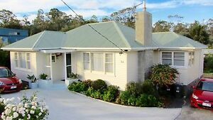 Three bedroom house PLUS a self contained granny flat Austins Ferry Glenorchy Area Preview