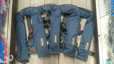 4 x Automatic Parmaris Lifejackets with Harness 150N (Blue) Auto Life Jacket
