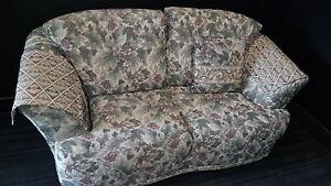 Divan sofa fleurie