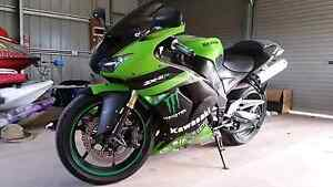 Green ZX10R Kawasaki motor cycle bike  great condition rego Muswellbrook Muswellbrook Area Preview