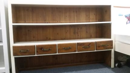 Display Shelf With Drawers
