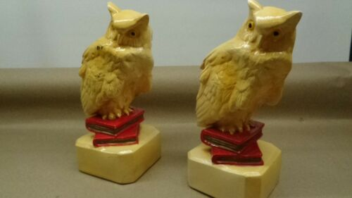 Vintage Pair of Ceramic Owl Bookends Cream Colored sitting on Red Books PreOwned