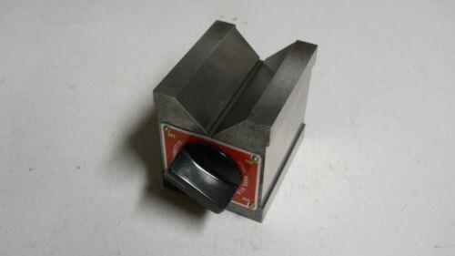 Starrett #566 Dual-V  Magnetic V-Block    used