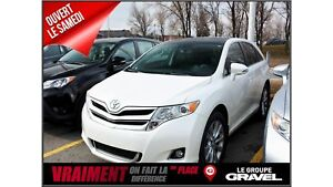 2014 Toyota Venza XLE 4WD CUIR TOIT PANO MAGS BLUETOOTH 8 PNEUS