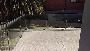 Aust standards glass pool fence. 18 meters long 1 meter high Somerton Hume Area Preview