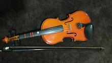 violin with bow in excellent condition Balga Stirling Area Preview