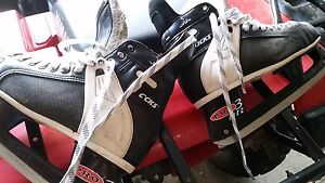 CCM Tacks 650 Pro Lite 3 men's skates size 9