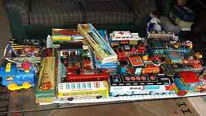 VINTAGE JAPANESE TIN TOYS FOR SALE Parkwood Gold Coast City Preview