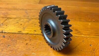 John Deere 655 Reduction Shaft Gear M800492  Tl
