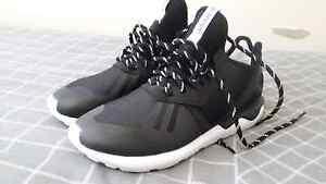 Adidas Tubular Queanbeyan Queanbeyan Area Preview