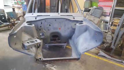 Datsun 1200 wagon resto/project