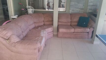 6 SEATER  COUCH  Broadbeach Gold Coast City Preview