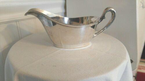 Vintage Silverplate Gravy Boat  Derby S.P.CO. International S. Co #5131 WM Mount