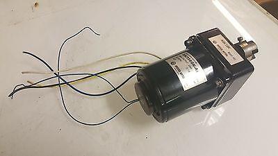 Oriental Motor 4IK25RGK-A2 Induction Motor w/ 4GK18K Gear Head, 100 V, Used