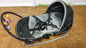 Baby rocker and carrier with toy bar and adjustable hight Kadina Copper Coast Preview