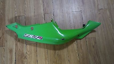 (KAWASAKI RIGHT SIDE BODY FRAME COVER PANEL ZX-7 750 2001 GREEN OEM )