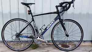 Giant Defy w/carbon fork Innaloo Stirling Area Preview