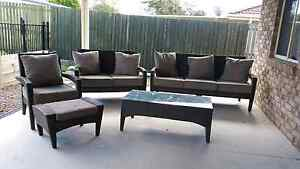 Vegas outdoor resin wicker lounge set Caboolture South Caboolture Area Preview