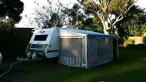 Golden Eagle Grand Tourer.... Family 5 berth bunk van Murrumba Downs Pine Rivers Area Preview