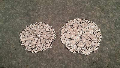 2 Deckchen 13 cm+10,5 cm rund Handarbeit