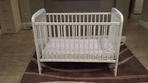 Baby cot and mattress Marangaroo Wanneroo Area Preview