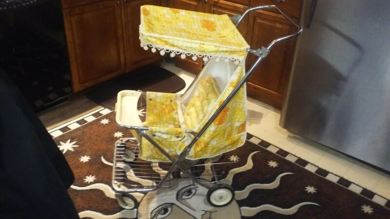 Vintage WELSH Baby Stroller St. Louis, USA ~ 1981 Metal Convertible Cart