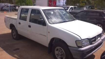 HOLDEN RODEO V6 DUAL CAB AUTO ( NOW WRECKING COMPLETE VEHICLE )