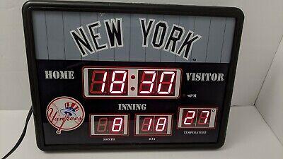 MLB New York Yankees Baseball LED Scoreboard Alarm Clock Time Date Temp Man Cave