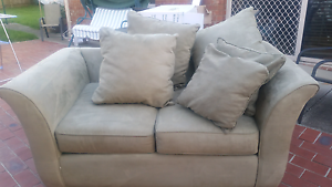 Two seater Couch Hampton Park Casey Area Preview