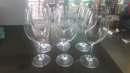 6 Plumm Vintage Red Wine Glasses