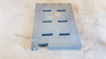4wd Poly water tank under tray