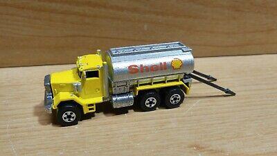 Hot Wheels ~ Peterbilt Shell Tanker ~ Yellow, 1989 Workhorses ~ Malaysia