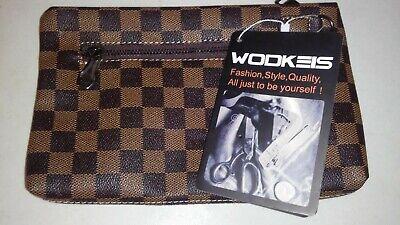 Wodkeis Toiletry/Travel Bag: Brown Checkered Print  (10