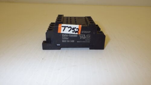Cutler Hammer D7pa4 10a 240/300v 4 Pole Relay Socket