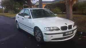 BMW 318i Urgent sale Mount Warrigal Shellharbour Area Preview
