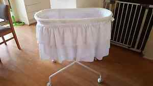 Baby bassinet with wheels Werrington Penrith Area Preview