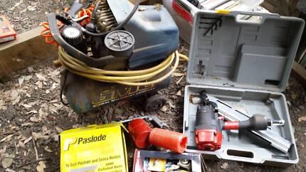 Nail Gun and air compressor plus extras Richmond Hawkesbury Area Preview