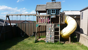 Cubby House with swings and slide Raby Campbelltown Area Preview