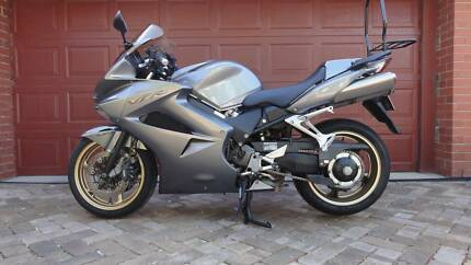 Honda VFR 800 Motorcycle in good condition