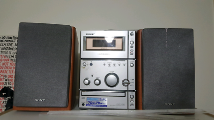 CD player / stereo
