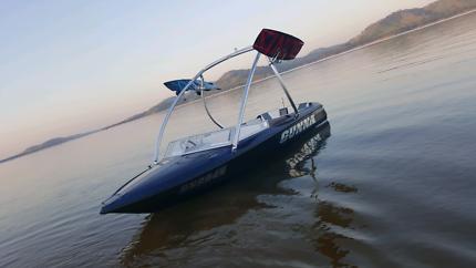 308 speed boat
