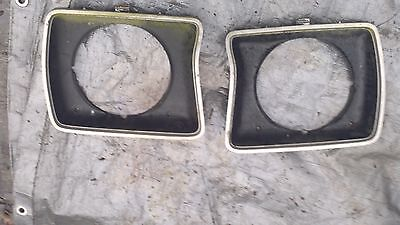 ford f250 1978 front head light benzels L/R