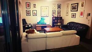 1 Female for Roomshare in lovely Spring Hill/City Home. Be Quick! Spring Hill Brisbane North East Preview