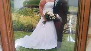 WTS. Wedding dress 16-18 Red Cliffs Mildura City Preview