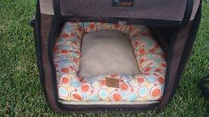 PORTABLE DOG KENNEL FOLD DOWN MEDIUM SIZE GOOD Condition Bolwarra Heights Maitland Area Preview