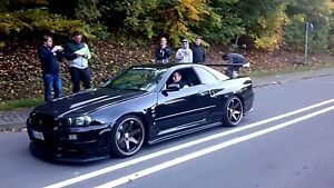 Looking for r32 or a 33 Nissan skyline