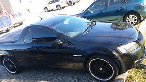 Holden commodore ute 6 speed manual rims black Tarneit Wyndham Area Preview