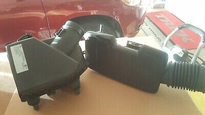 2020 OEM Chevrolet 1500 Chevy Silverado Air Box Duct w/ filter 84467638 84412395